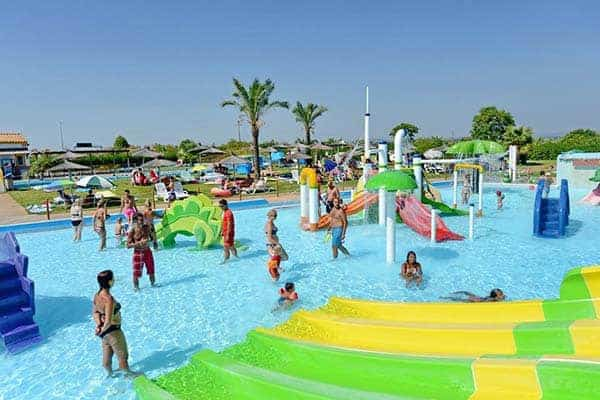 Children enjoying the Aqualand kids splash park