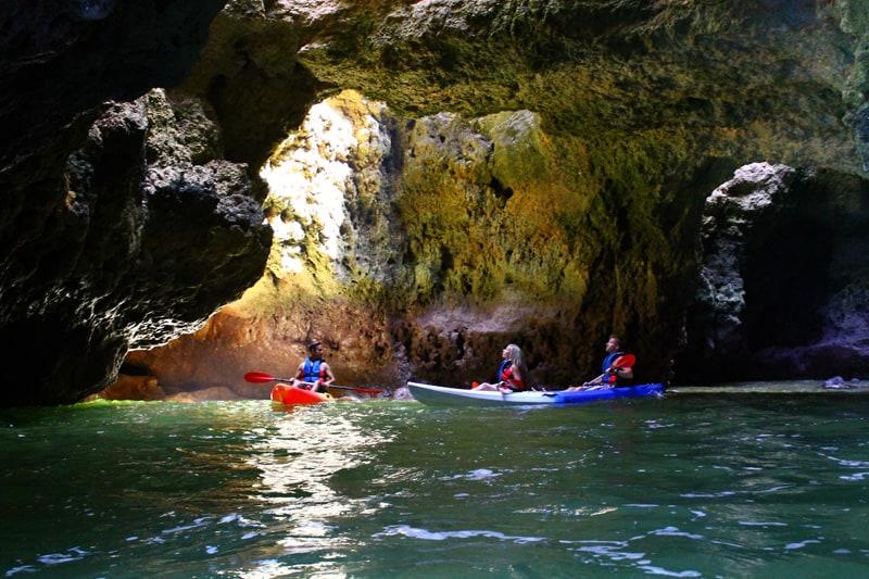 Aventuras em Caique nas grutas
