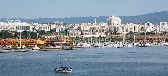 Vários veleiros na Marina de Portimão