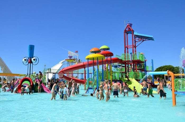 Aire de jeux pour enfants d'Aquashow