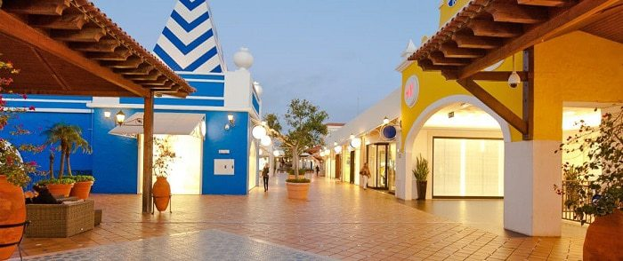 Le centre commercial d'Algarve