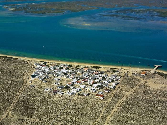 Vue aérienne plage Hangares