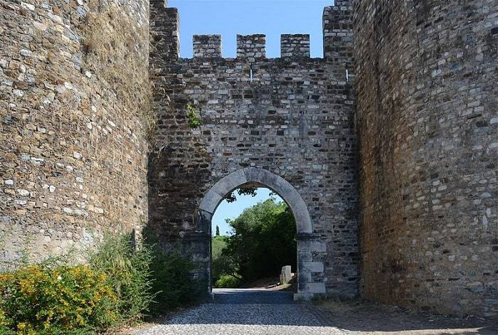 arco del castillo de Vila Viçosa