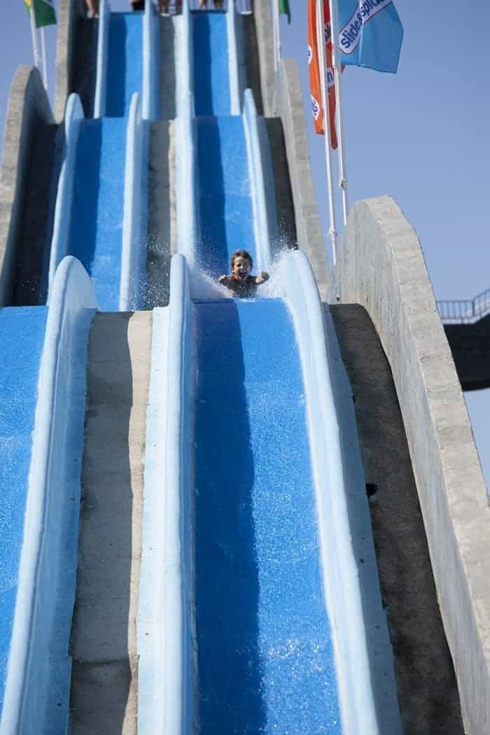 Which is the Best Water Park in the Algarve? Find out here!