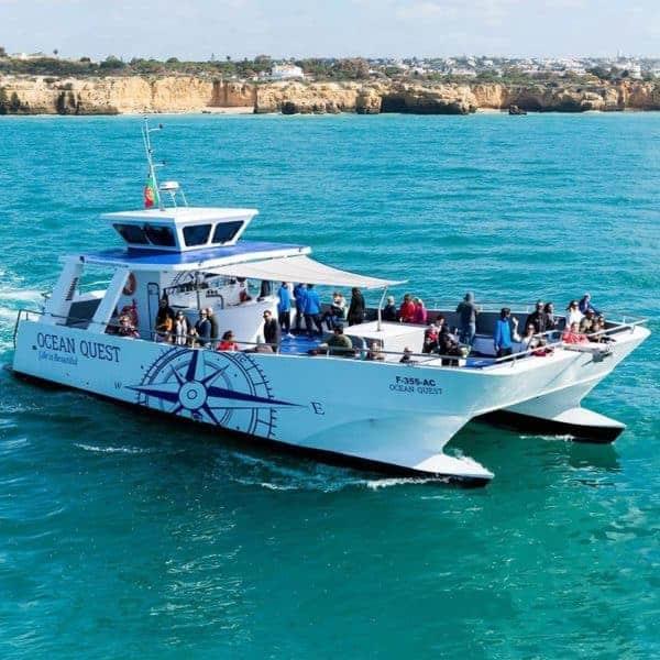 Vilamoura catamaran on the way to Benagil