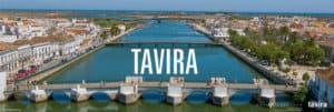vista de pájaro sobre el río y los puentes de Tavira