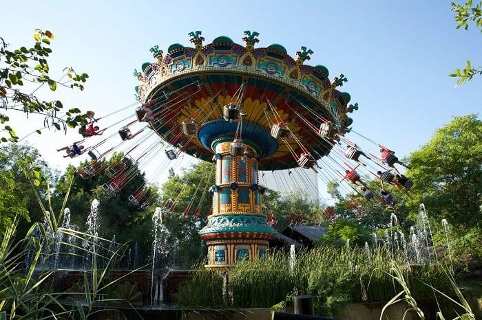 una de las atracciones de Isla Mágica en funcionamiento