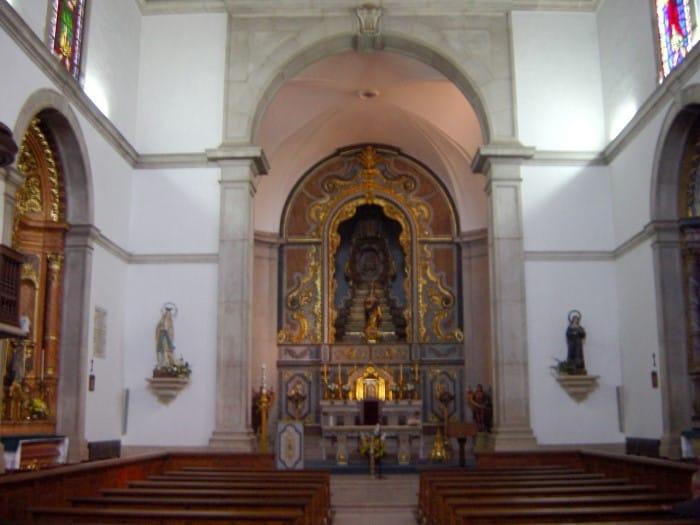 L'intérieur de l'église Matriz De Nossa Senhora Da Encarnação