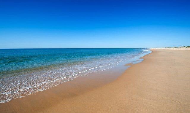 Playa Isla Canela 2