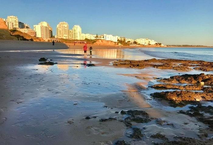Praia Armaçao De Pera