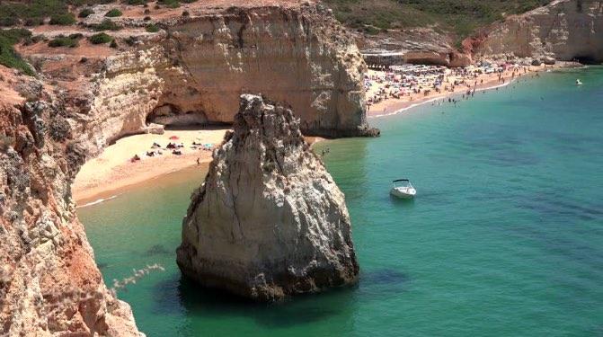 Praia dos Caneiros vista desde arriba